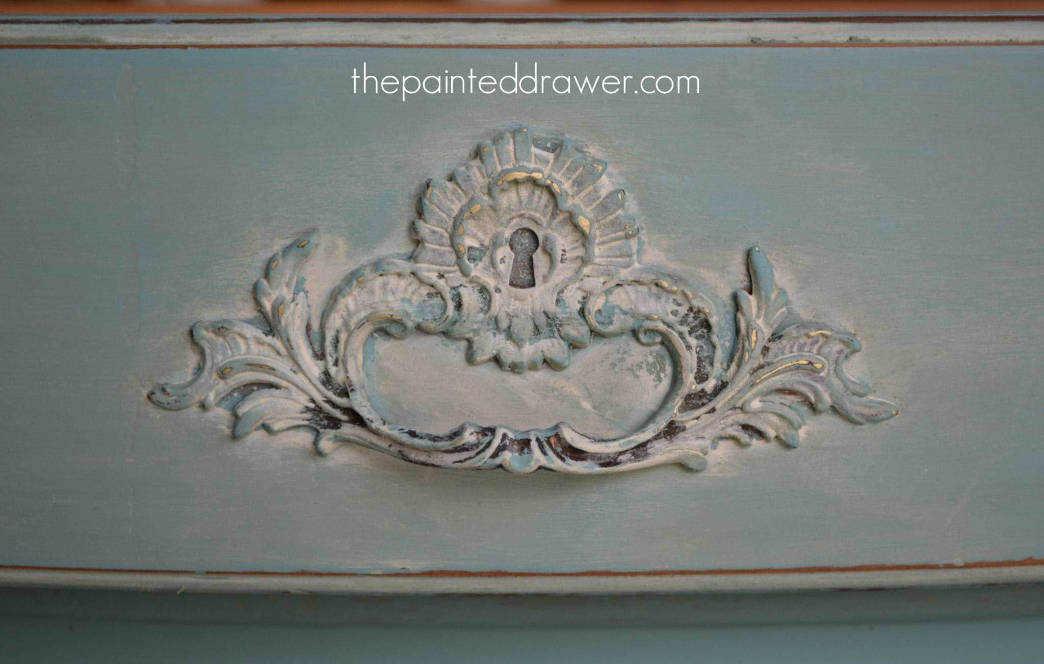 Annie Sloan Provence www.thepainteddrawer.com