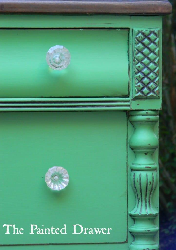 Emerald Dresser
