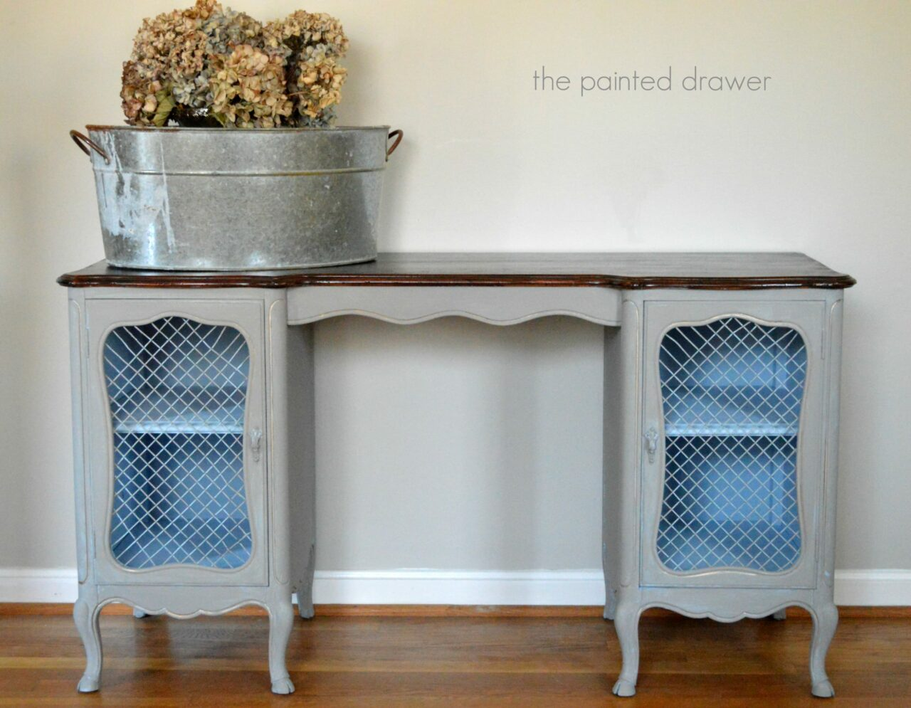 French Vanity www.thepainteddrawer.com