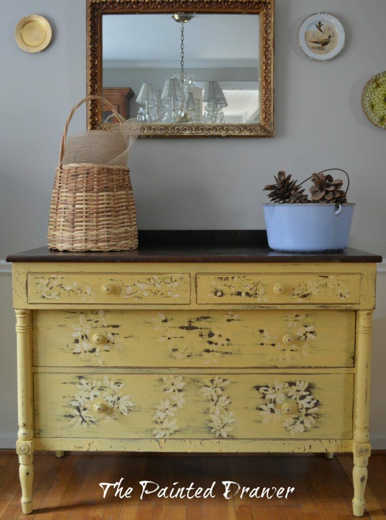 Somerset Gold Dresser