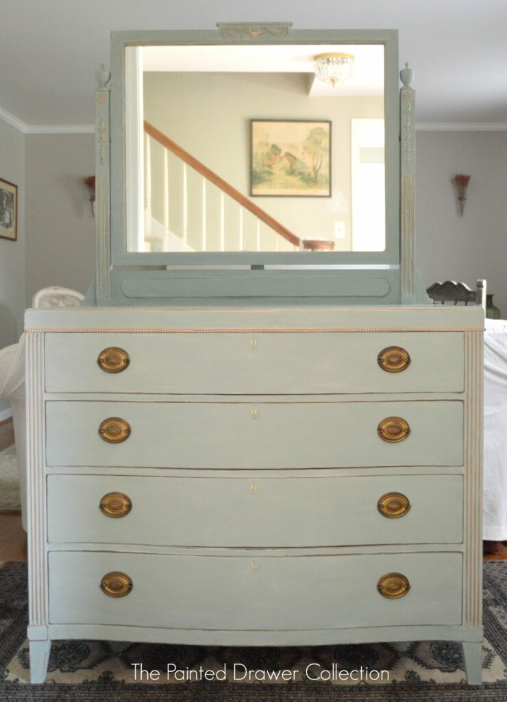Antique Dresser in Duck Egg annie sloan