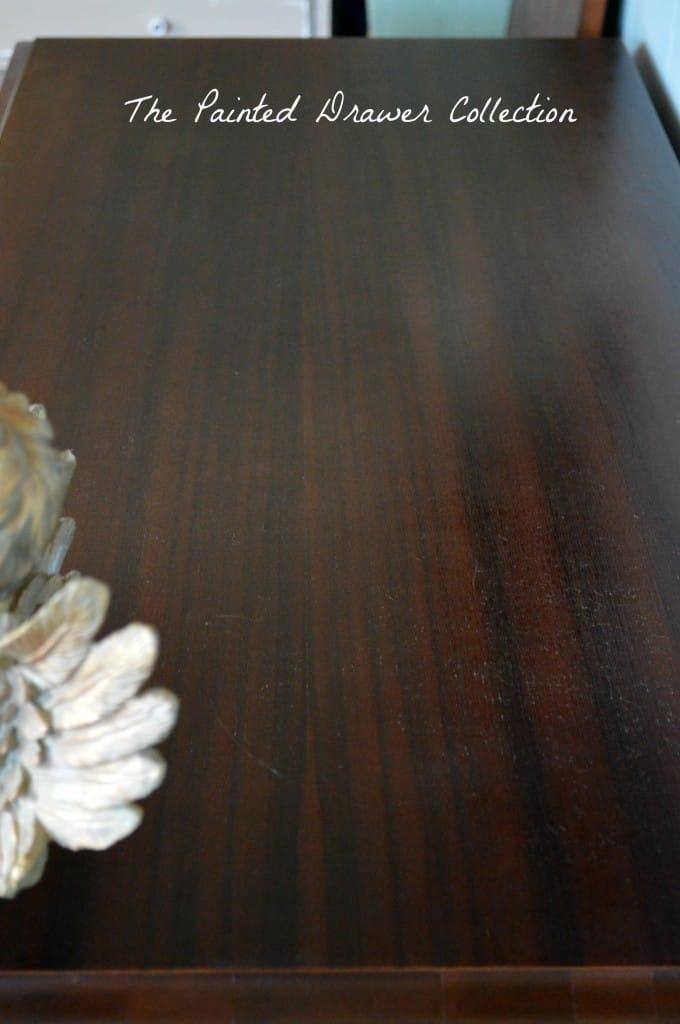 wood striations, wooden top, wood top