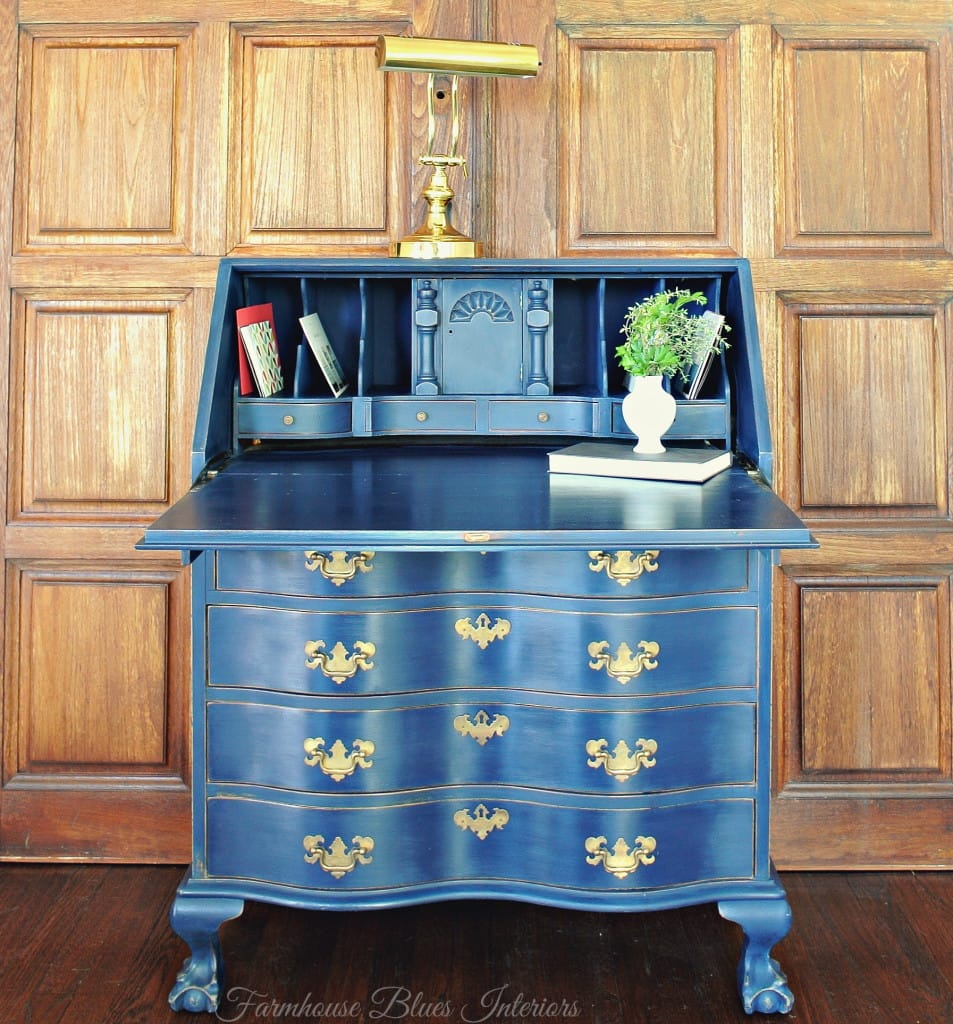 Farmhouse Blues Peacock Desk