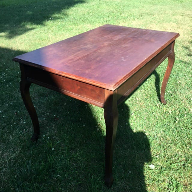 Hamptons Table
