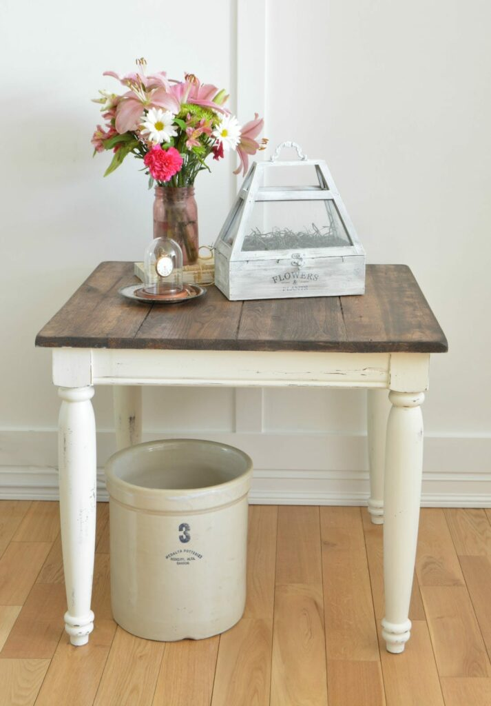 Farmhouse Side Table by The Interior Frugalista