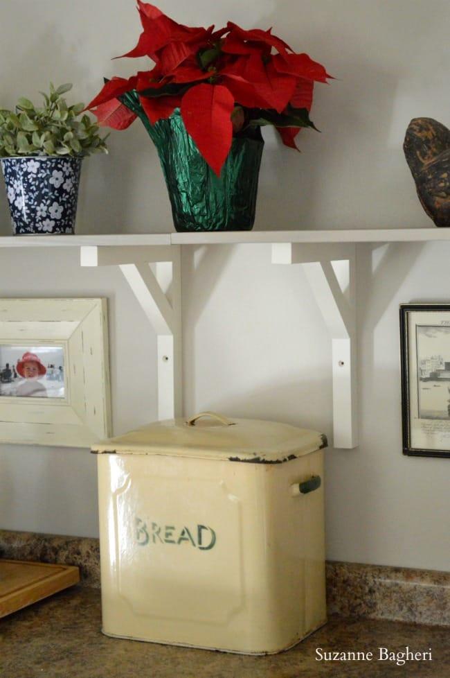 vintage kitchen bread box