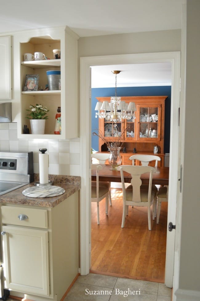 kitchen cabinets in General Finishes milk paint