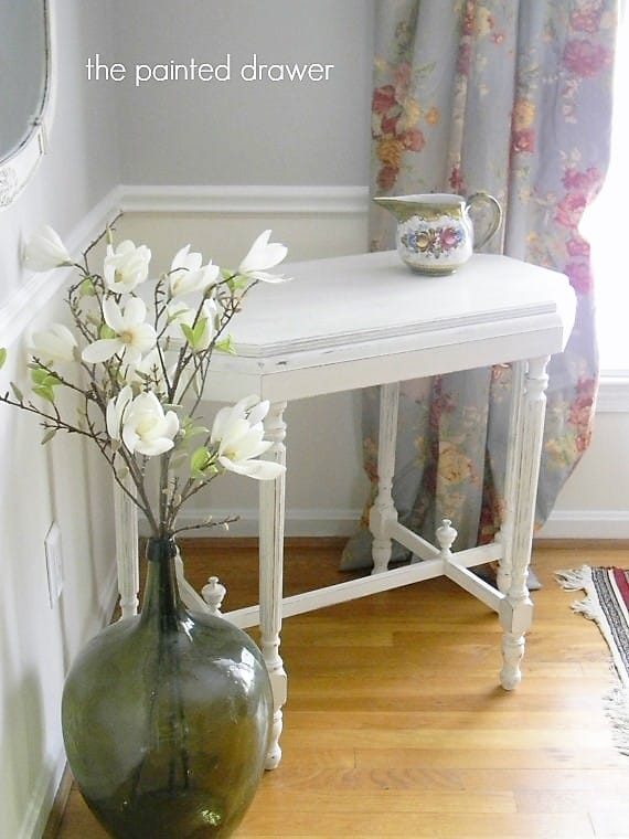 Shabby Chic Table in Annie Sloan Old White