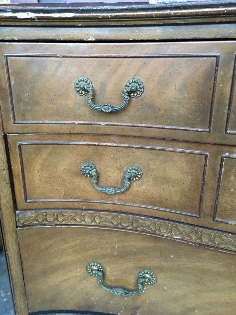 Bowfront dresser