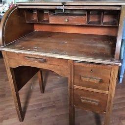 FFM: Vintage Child's Roll Top Desk