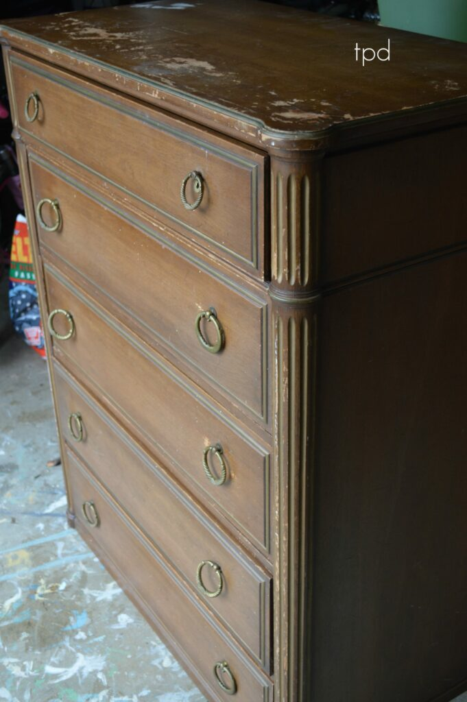 Rockford cabinet company dresser mf cabinets for Cabinet companies
